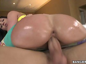 Big ass white MILF gets big dick