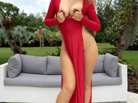 MonsterCurves ™ presents Shauna Skye in Lady In Red