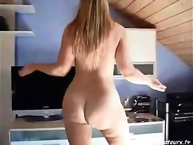 Amateur,Ass,Blonde,Milf,Solo