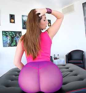 Paige Turnah, fine fat booty babe from England